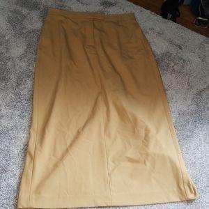 DKNY  camel colored midi skirt with pockets